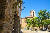 Church. Plaza Mayor, Yanguas, Soria province, Castilla Leon, Spain.