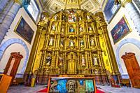 Altar Santa Domingo Church Basilica Puebla Mexico. Built in 1600s.