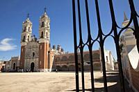 View to the SantuarioY Basilica de la Virgen de Ocotlan, Tlaxcala, Tlaxcala State, Mexico, Central America