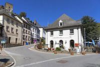 Europe, Luxembourg, Diekirch, Esch-sur-Sûre, Rue du Moulin.