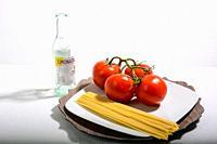 spaghetti and tomato italian recipe.