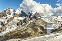 Piz Roseg, Sellagletscher und Piz Bernina seen from Piz Corvatsch Mountain Station, Grisons, Switzerland. | Piz Rosegg von der Corvatsch Bergstation g...