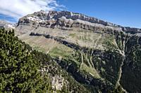 los Campanales de Collarada, 2679 meters, Aragon Valley, Jacetania, Huesca, Spain.