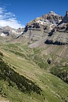 Peña Collarada, 2883 meters, Ip Valley, Jacetania, Huesca, Spain.