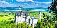 Schloss Neuschwanstein bei Hohenschwangau, Romantische Strasse, Ostallgäu, Bayern, Deutschland, Europa