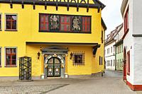 The house Zum Sonneborn was built in 1546. Today it is used as a registry office. It is located at Grosse Arche 6 in the old town of Erfurt, capital o...
