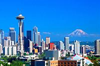 Seattle, Washington skyline with Mt Ranier in the background.