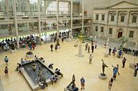 Courtyard of the American Wing, Metropolitan Museum of Art, Manhattan, New York City, USA, North America.