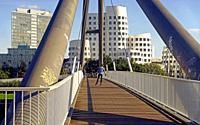 Bridge at Medienhafen.