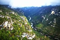 Gorges du Tarn from the Point Sublime Roc des Hourtous, La Malene, Lozere, France. UNESCO World Heritage Site. Grands Causses Regional Natural Park. L...