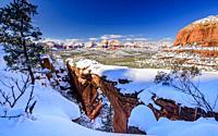 Devil's Bridge at winter, Sedona, Arizona, USA.