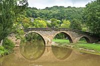 Belcastel medieval castle and town in the south of France, Aveyron Occitania on September 24, 2020 nice view of the antique medieval bridge over Aveyr...