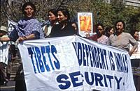 arrival of La Peace Marche 500 km from Mac Léod Ganj for arrival on Jantar Manthar in Delhi 03/10/2001 against the Chinese occupation, blocked here by...