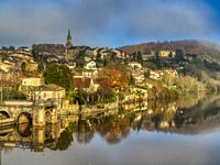 view of town and lot River from Pont Neuf, Fumel, Lot-et-Garonne Department, Nouvelle-Aquitaine, France.