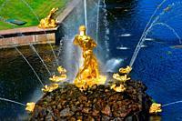 Golden sculptures Samson fountain. Grand Cascade and Grand Canal. XVIII century. Peterhof Petrodvorets Russia