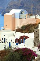 Traditional houses in Oia village, Santorini Island, Cyclades Islands, Greek Islands, Greece, Europe.