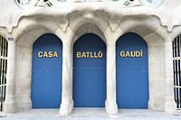 The Casa Batlló in Barcelona has been closed since 29 October 2020 due to a labour conflict with part of the staff. Employees of the external company ...