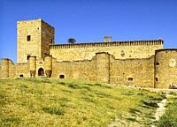 The original Fortress of Pedraza dates back to the 13th century and was heavily transformed in the fifteenth century. . It was owned by the Herreras a...