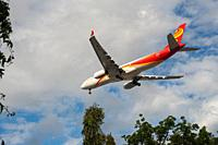 Singapore, Republic of Singapore, Asia - A Hong Kong Airlines Airbus A330-343 passenger plane with the registration B-LNO approaches Changi Internatio...