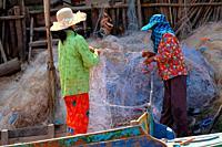 Fisherwoman, Kampong Phulk Village, Lake Tonle sap, Siem Reap, Cambodia