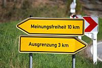 Symbol image on the topic of freedom of expression, Germany. Signposts show the options freedom of expression and exclusion.