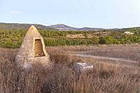 Ancient well. Route with the group of Joserra and Celso. For the Caroche.