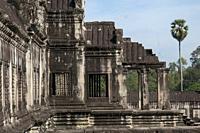 Gallery with apsara dancers, Angkor Wat temple, Siem Riep, Cambodia.