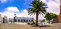 Travel impressions from Teguise, the former capital in the north of the Canary Island Lanzarote: View over the Plaza de la Constitución, the central s...