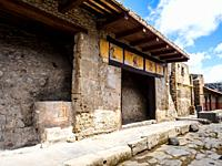 Viale dell'Abbondanza - Pompeii archaeological site, Italy.