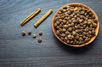 Tigernuts in a dish with cinnamon.