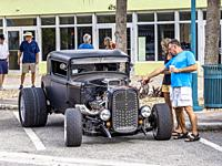 Cruisinâ. . on Dearborn monthly car show on Dearborn Street in Englewood Florida USA.