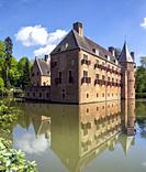 Castle Het Oude Loo in the park surrounding the Dutch royal palace het Loo in Apeldoorn.