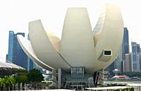 Singapore, city and Museum of Art and Science.