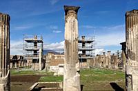Pompeii (Italy). Columns in the ancient city of Pompeii.