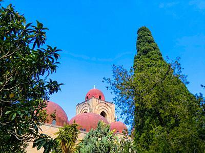 PALERMO, San Giovanni degli Eremiti, St. John of the Hermits, monastery church from the Norman period in Sicily, Sicily, Italy.