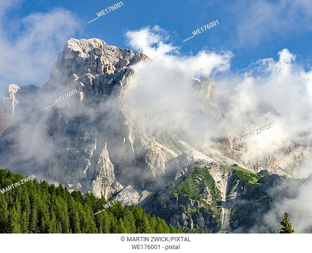 The Tofane (Tofana de Rozes) from south. The Tofane are part of the UNESCO world heritage the dolomites. Europe, Central Europe, Italy