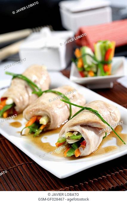 Turkey rolls stuffed with vegetables