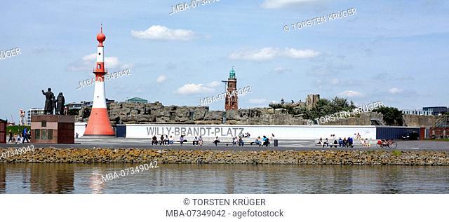 Willy-Brandt-Platz, pier, Zoo by the Sea, Emigration Monument, Simon-Loschen-Lighthouse, Bremerhaven, Bremen, Germany, Europe