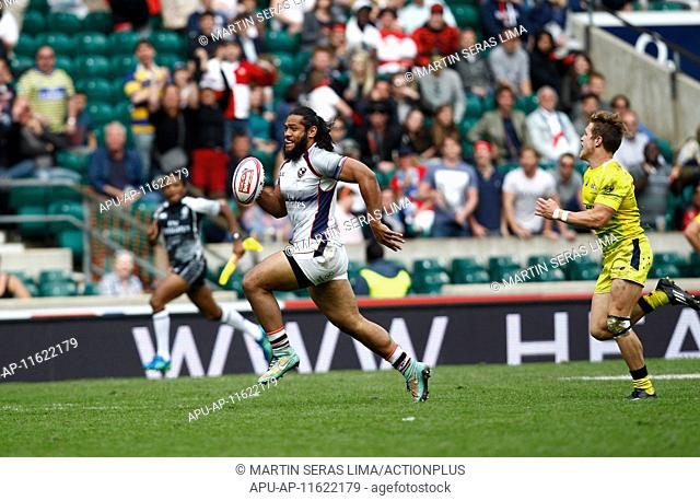 2015 HSBC World Series Rugby London Sevens Finals May 17th. 17.05.2015. Twickenham, London England. Thretton Palamo (USA) breaks away at the Cup Final
