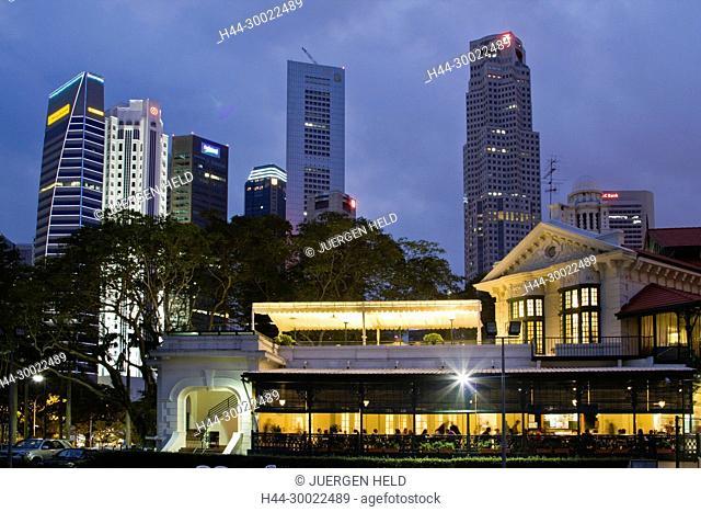 Skyline of Singapur, South East Asia, twilight