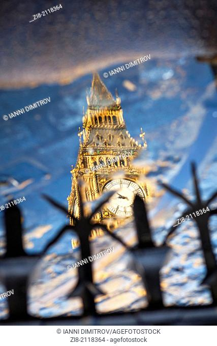 Big Ben reflection, The Houses of Parliament, London, England