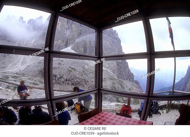 Pradidali refuge, Pale di San Martino, Paneveggio Pale di San Martino Park, Dolomiti, Trento province, Trentino, Italy