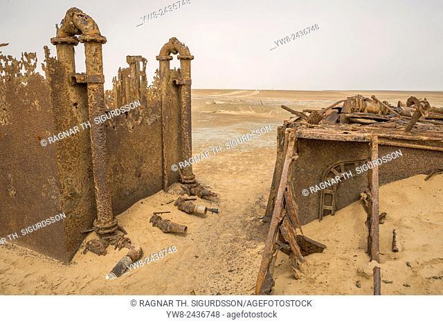 Rusting oil rig abandoned in the desert, Skeleton Coast, Namibia, Africa