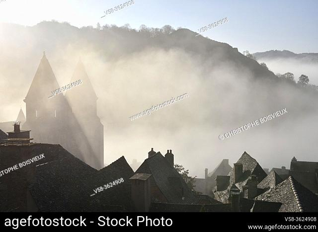 France, Aveyron, Unesco World Heritage Site, Conques, Early morning on the village and abbey church of Sainte-Foy