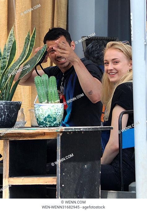 Sophie Turner and Joe Jonas spotted having Lunch at Alfred's Cafe in West Hollywood Featuring: Sophie Turner, Joe Jonas Where: West Hollywood, California