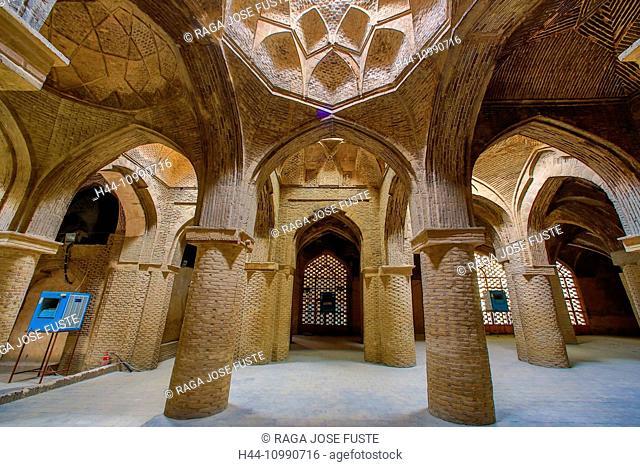 Iran, Esfahan City, Masjed-e Jame (Friday Mosque) UNESCO, world heritage, Prayer Hall