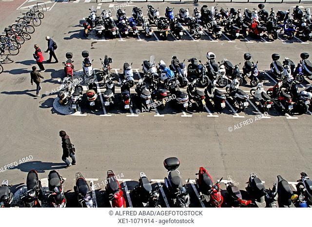 bicycle and motorbike garage, Sants station, Barcelona, Catalonia