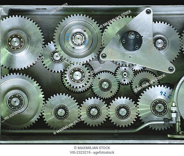 Gear wheels - 01/01/2010