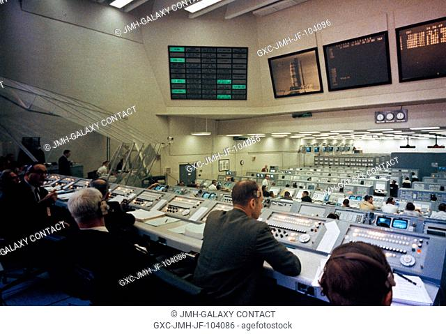 Overall view of Firing Room 2 in the Launch Control Center, Launch Complex 39, Kennedy Space Center, during an Apollo 9 Countdown Demonstration Test