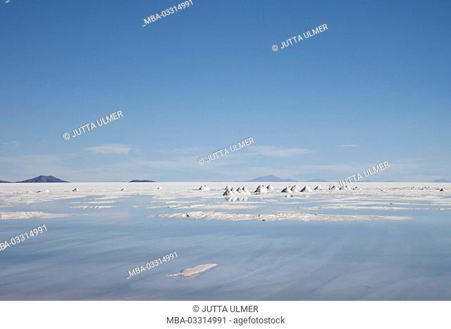Bolivia, Salar de Uyuni, Colchani, salt production